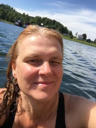 Häggvik mamma badar